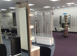 Photograph of Optisavers Birkenhead branch